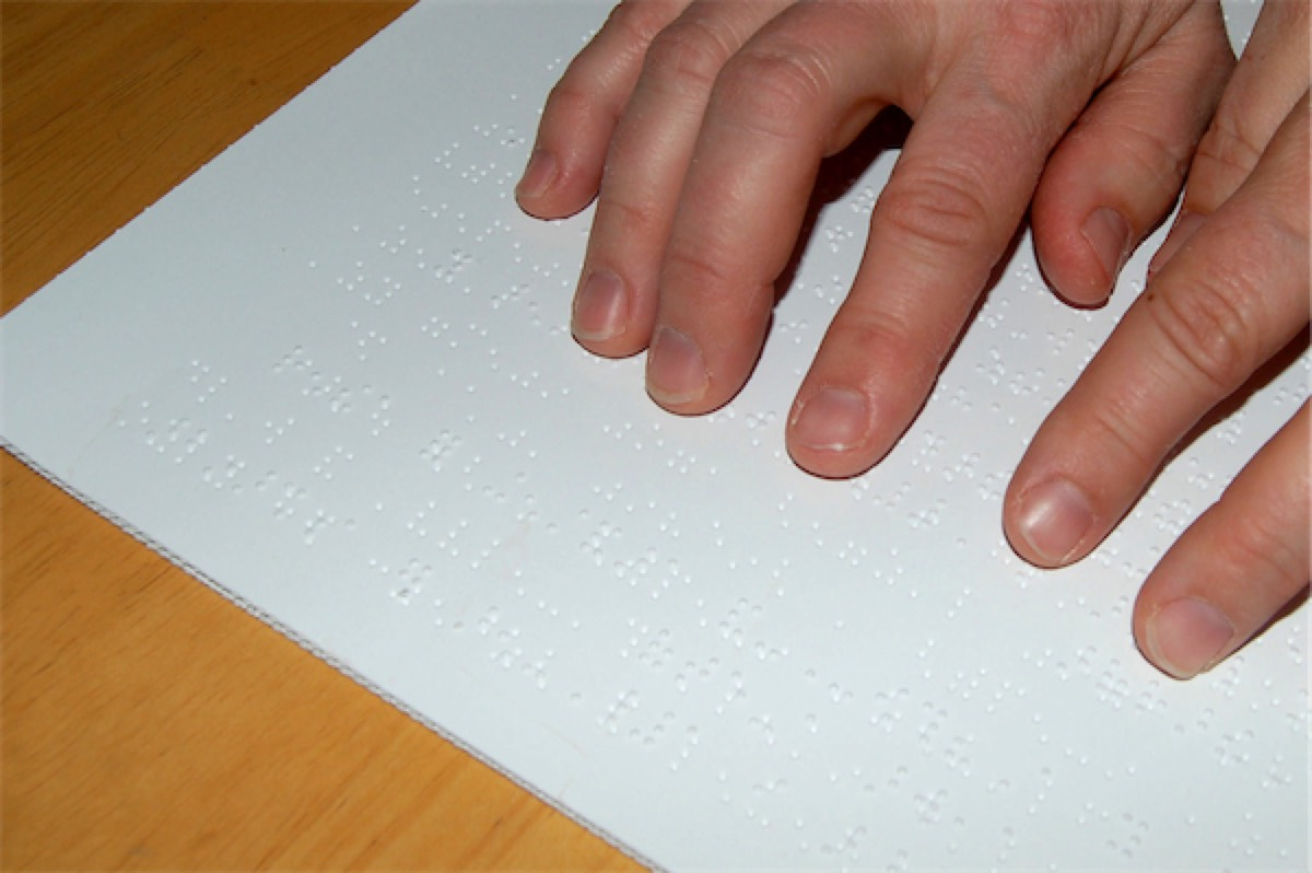 handicap braille